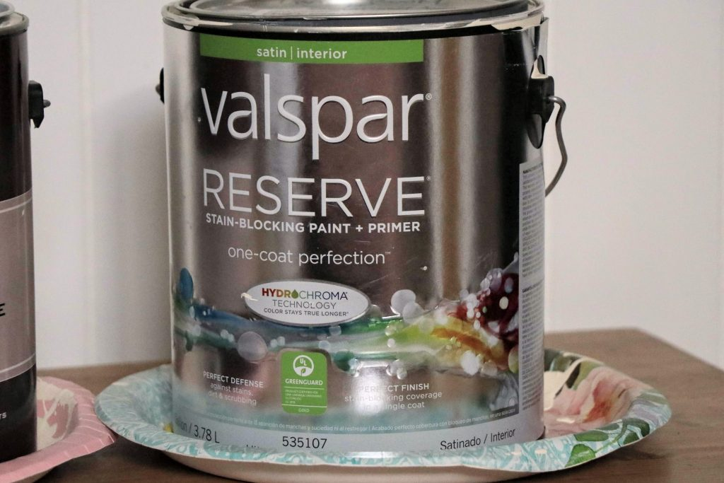 How to pick the best paint to paint a room - Valspar. Is the higher price really higher quality? Here's our review...