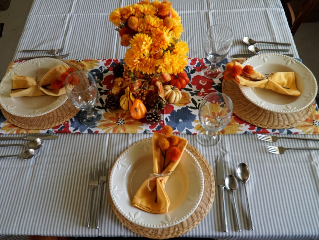 Casual Tablescape on a budget